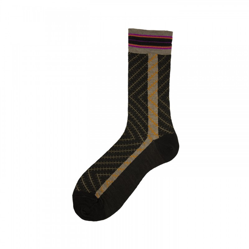 Short Socks with Chevron Pattern in Virgin Wool Lip
