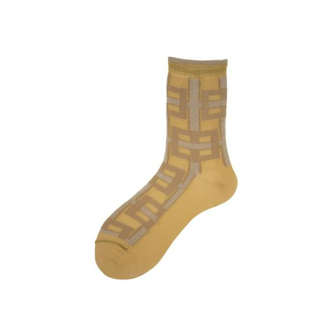 Short Socks with Geometry...